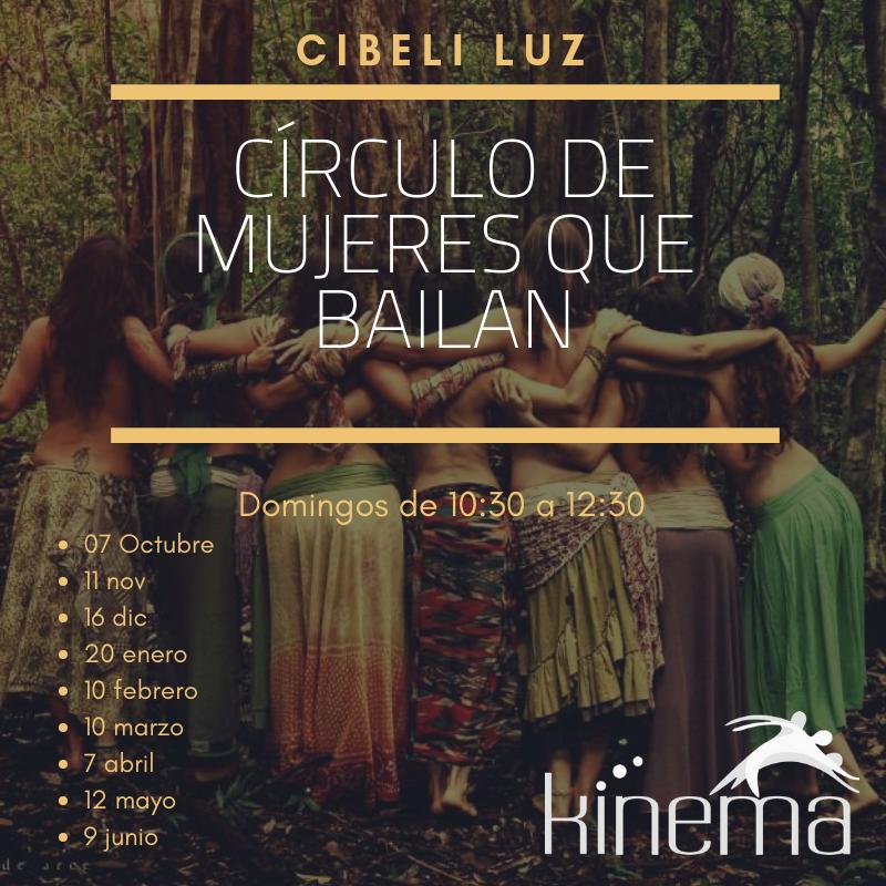 círculo de mujeres que bailan